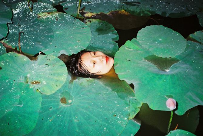 Chinese photography Ren Hang 20 Lola Who Fashion Photography blog