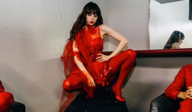 teri-gender-bender-le-butcherettes-interview-lola-who-fashion-music-photography-blog-1slide