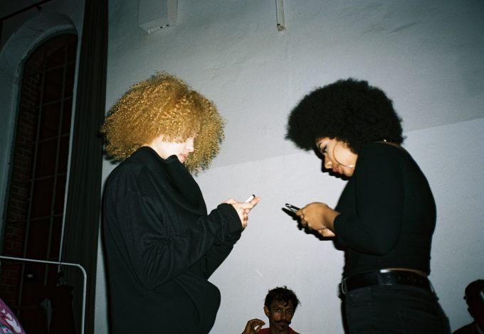 backstage-at-berlin-alternative-fashion-week-lola-who-fashion-music-photography-blog21