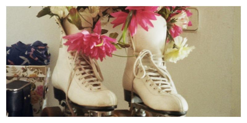 Vintage-rollerskate-planter-Lola-Who-Fashion-Blog-copy